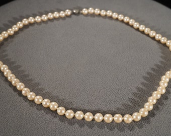 Vintage Art Deco Style Faux Pearl Silver Tone Round Knotted Necklace Jewelry -K#9