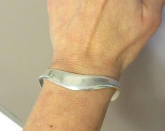 Vintage retro Mexico sterling silver mod wave cuff bracelet