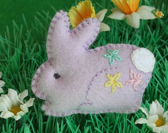 Felt bunny brooch - Hand embroidered - rabbit lapel pin - Lilac - Easter gift