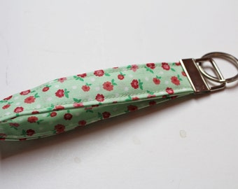 Floral Keychain, Girly Wristlet, Key FOB, Pretty Rose Handmade. Floral Shabby Chic, Green, Short Lanyard Office Gift Cute Car Accessories