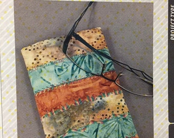 Easy on the Eyeglass Case Pattern