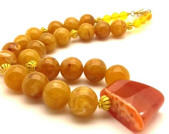 Necklace Unusual Vintage Pressed Marble Butterscotch Amber Resin Honey Orange Crab Agate Pendant Beads Handmade