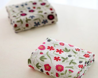 """Cotton Fabric Strawberry Flower by the yards 44"""" cozy Strawberry Flower"""