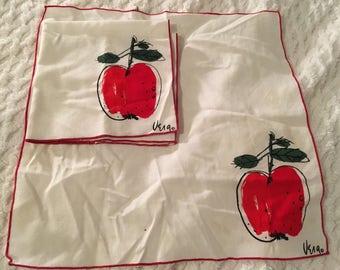 Vintage Vera napkins, apple print.