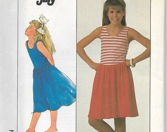 Simplicity 8137     Girls Pull-Over Dress In Two Lengths      Size 7,8,10      Uncut