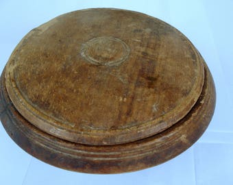 Antique Primitive Wooden Bowl /Rustic Home décor/Wood Bowl with a Lid/Old Wooden Dish/1950s