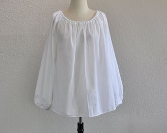 CH201 Medium to Large White Renaissance Chemise Blouse