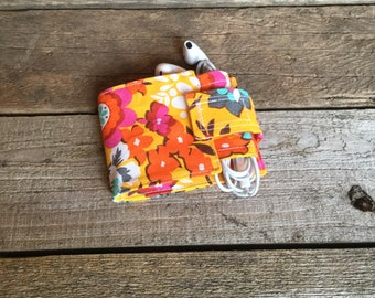 Wallet and Earbud Holder: Bright floral