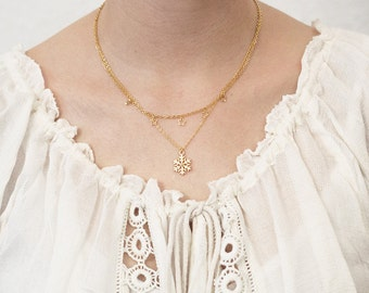 Layering necklace snowflake