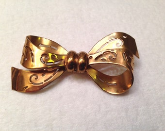 Vintage Coro Bow Pin Brooch with Open Work