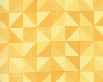 1/2 Yard - Spectrum Ombre - Half Square Triangle - Honey - V and Co - Vanessa Christenson - Moda Fabrics - Fabric Yardage - 10860-12