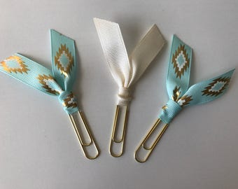 Southwestern Style Paper Clip Bookmarks
