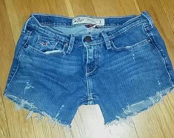 Size 1 lightly destroyed Hollister shorts