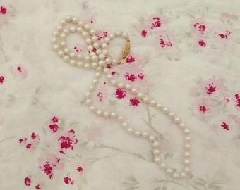 Short Pearl Necklace. Vintage Pearls. Vintage Necklace. Vintage Pearl Necklace.