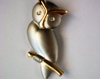 Two Tone Owl Pin - 5042