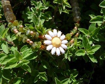 Peridot Daisy Necklace