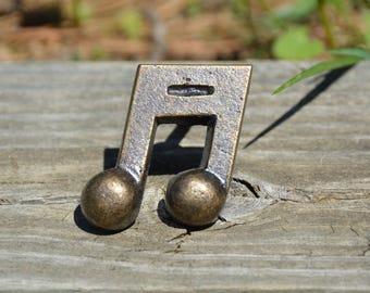 Cabinet knob/dresser handle/door knob/drawer pull/metal/antique bronze/decorative knob/furniture hardware/unique/bathroom/kitchen/music/fun