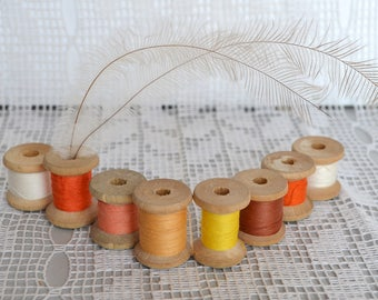 Lot of 8 Sewing Thread Spools, Wood Wooden Spool, Misc Colors, vintage Wooden Thread, cotton, green yellow orange