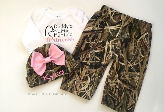Mossy Oak Shadow Grass Blades Girl Newborn Take Home Outfit, Going Home Outfit, Baby Shower Gift Set, Camo Newborn Girl Outfit, Light Pink