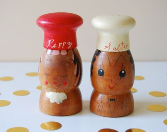 Vintage Wooden Salt and Pepper Shaker Set. Salty and Peppy. Retro Kitchenwares.
