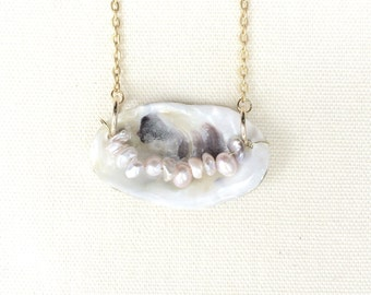 Small Mother Of Pearls Necklace