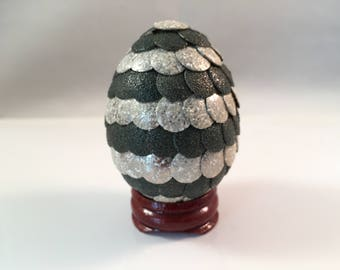 Dragon Egg - Dragon Egg Decoration - Dragon Egg with Stand - GREEN/STONE - Dragon Egg Decor - GoT Dragon Egg -SMALL