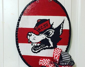NCState Door Decor, Wolfpack Door Hanger, NC State Wreath, NCState Decor,Wolfpack Decor