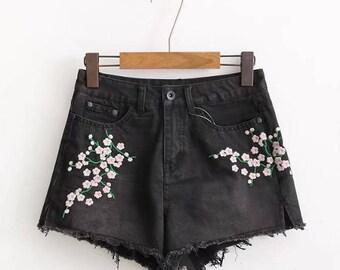 Floral Embellished Denim Women's Shorts