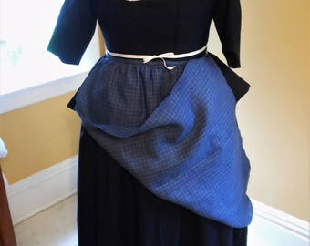 18th century Blue Checked Linen Apron