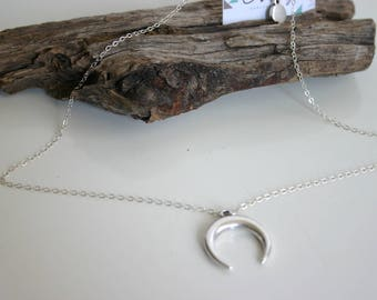 Necklace horn, Upside Down Moon  in sterling silver and zamak
