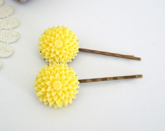Spring Flower Hair Slides, Yellow Flowers, Cream Roses, Rose Hair Pins, Pom Pom Flowers, Flower Hair Accessories, Set of Two