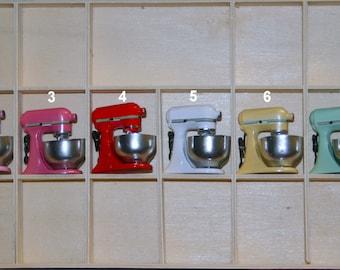 Dollhouse Miniature KitchenAid Mixer, Kitchenware Supplies