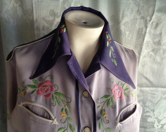 1940's Western gabardine woman's shirt blouse embroidered