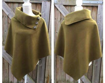 CHIC Vintage Olive Green Lana-Wool Cape Poncho - Country - Races