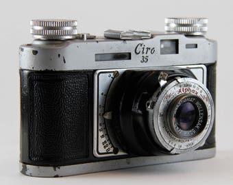 """Graflex """"Ciro 35"""" 35mm camera"""
