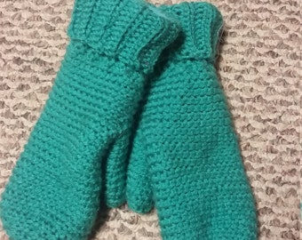 Warm fleece-lined crocheted mittens
