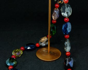 Mixed color crystal necklace.