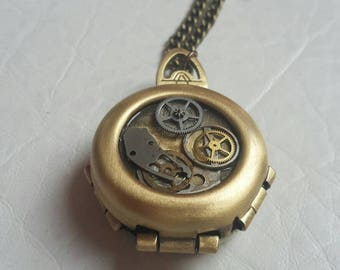 Steampunk Jewelry Necklace / Steampunk Locket 'Time of Hearts'