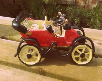 Vintage ceramic  1911 Renault automobile Made in Italy
