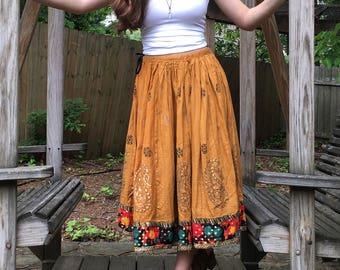Indian skirt, drawstring skirt, midi length, full skirt, medium skirt, cotton skirt, women's medium, yellow skirt, paisley print