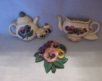 Home Interiors Pansy Teapot Wall Decor, Burwood Products, Homco, Pansies, Teapots, Kitchen Wall Decor, Home Interiors, Made in USA