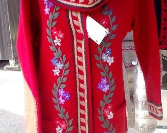 embroidered coat, knitted coat, women warm coat,wool long coats,midi coat,Wool coat with embroidered details