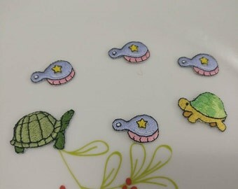 Wholesale Lot   6pcs  embroidered turtle  family  sewing iron on patch 2-2.5cm