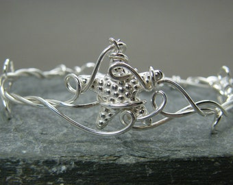 Adjustable sterling silver starfish bracelet bangle ~ Valentines gift for her ~ Starfish ~ Under the sea bracelet ~ Sterling silver bangle ~