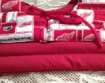 DETROIT RED WINGS Microwavable Heating Pad