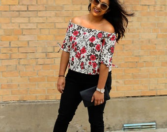 Floral Off-Shoulder Cropped Top