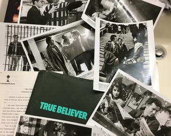 True Believer Production/Press release package including 7 genuine photos with James Woods,Robert Downey Jr.,Kurtwood Smith...