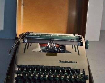 articles similaires une machine crire japy message vintage datant des ann es 1960 sur etsy. Black Bedroom Furniture Sets. Home Design Ideas