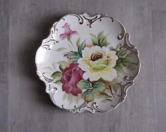 Vintage Floral Hanging Plate