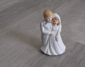 Vintage Bride and Groom Wedding Topper - Lefton